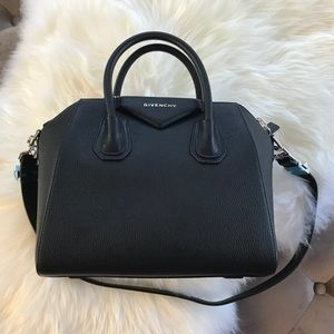 Givenchy antigona small sugar goatskin satchel blk